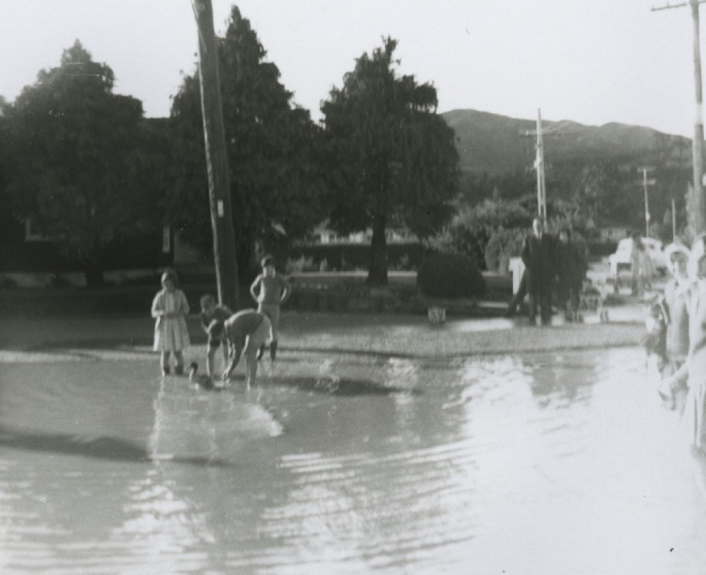 Flooding 1965 in Upper Hutt