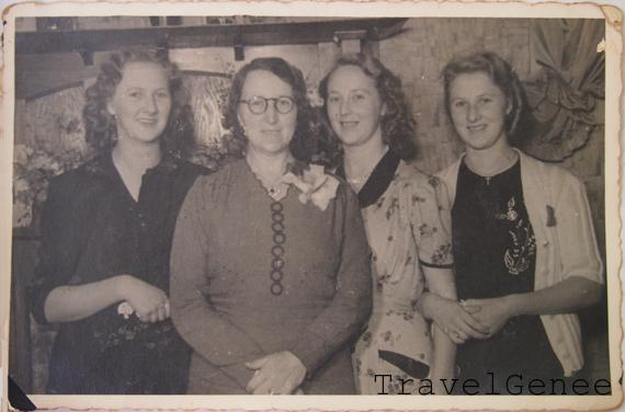 the-sisters-and-Nana